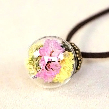 Dried Flower Terrarium Necklace (Pastel Bouquet)