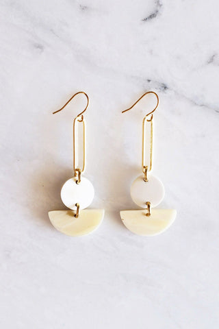 Hue 16K Gold Plated Milk-Colored Rectangular Genuine Horns Earrings