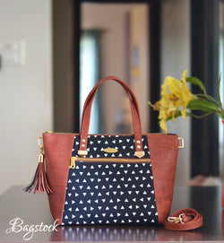 Everyday Tote with front zipper