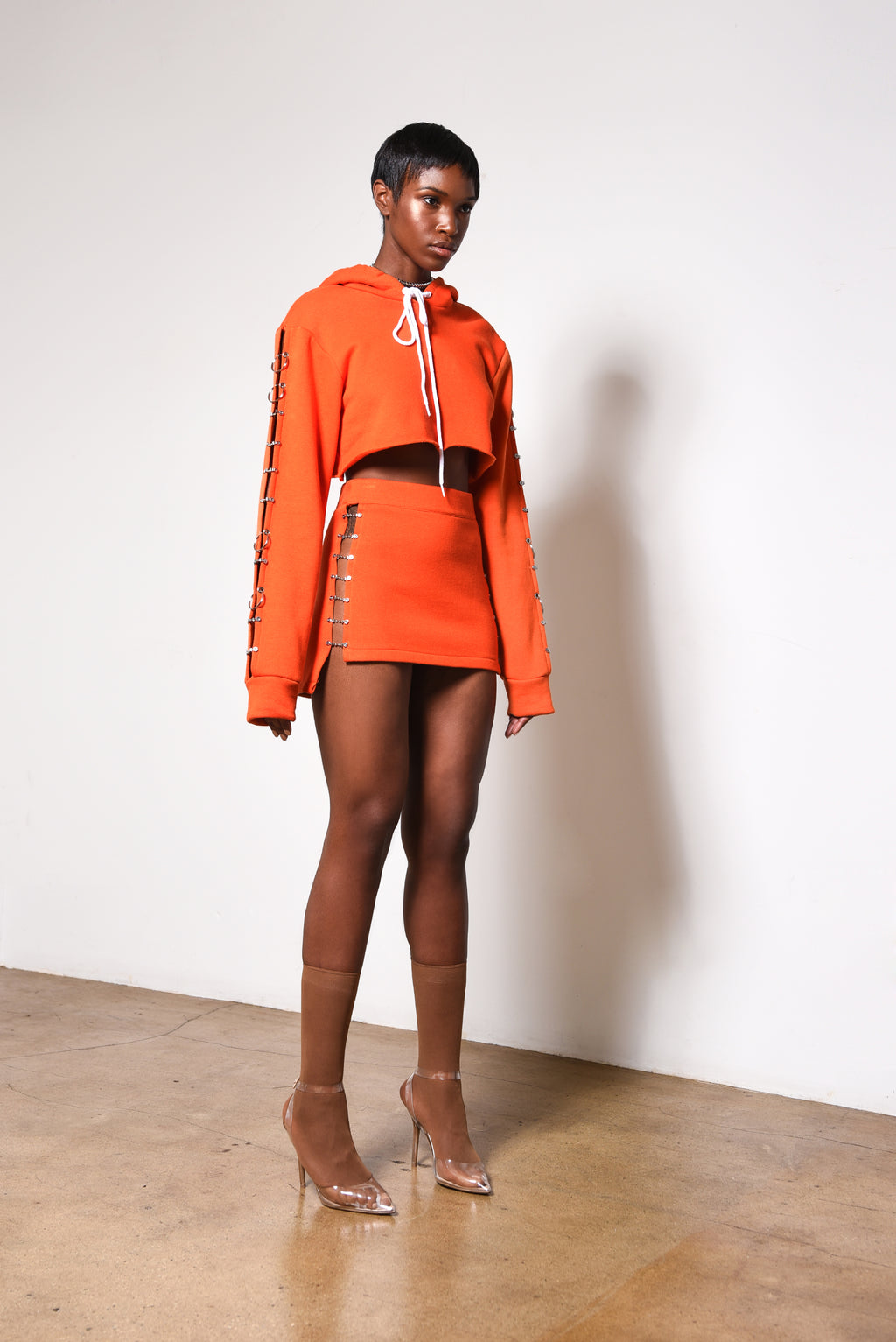 Orange sweater skirt // woman