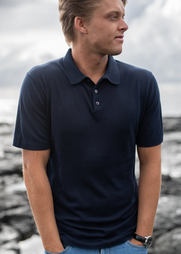 MIKAEL | Our fine-knit short sleeve polo