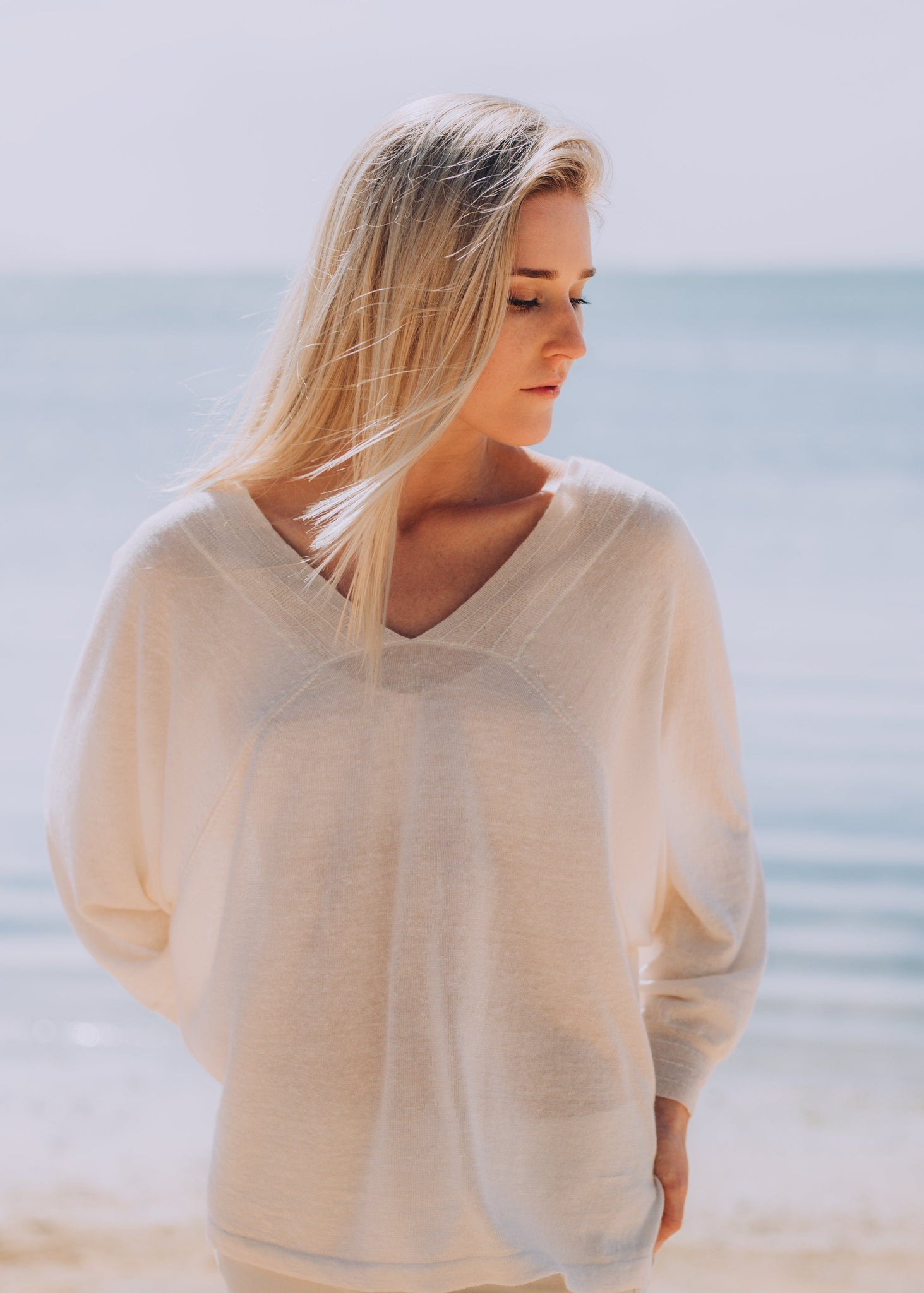 SANDRA | Our linen mix batwing