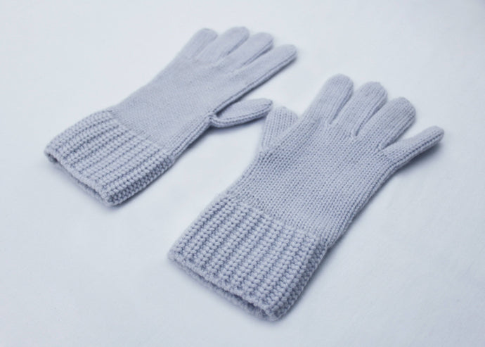 STELLA | Our cashmere gloves
