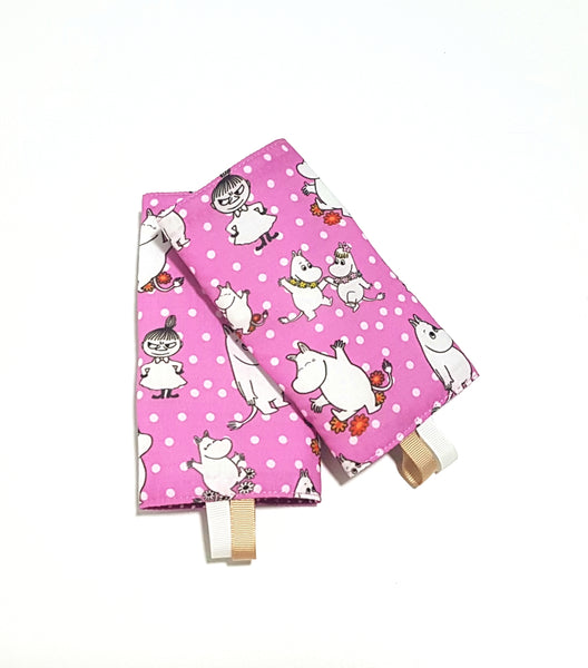 Moomin Friends with Purple Polka Dots in Reverse Straight Drool Pads - Little One Layette