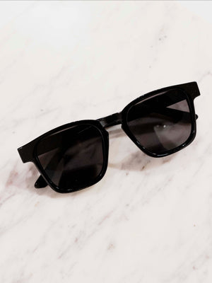 KYLIE SUNNIES - BLACK