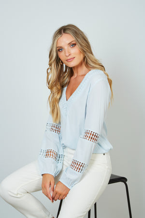 LUCIA TOP - BABY BLUE