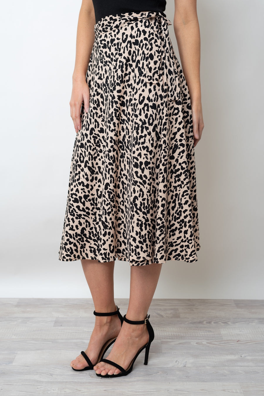 TWICE SHY WRAP SKIRT - LEOPARD PRINT