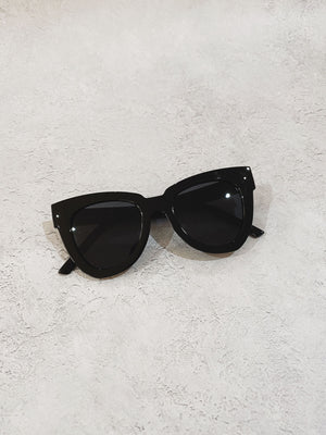 ISABELLE SUNNIES - BLACK