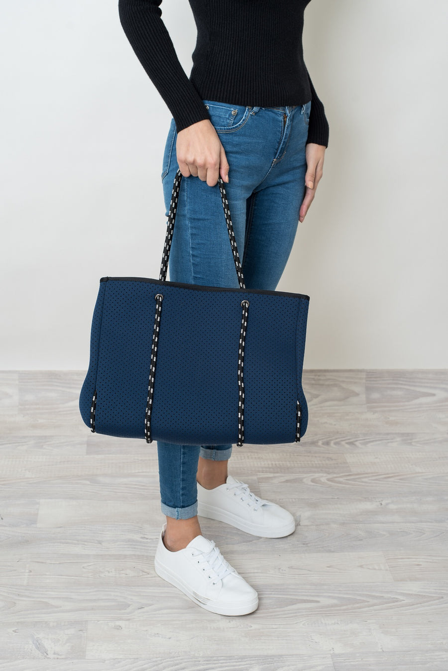 ROZA NEOPRENE TOTE BAG - NAVY