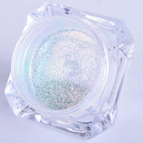 Holographic Nail Powder will give a holograhic chrome look when applier over UV LED Gel Polish