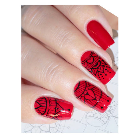 B14 Water Transfer Nail Art Outline Decal use different colours to line and fill the entire design.