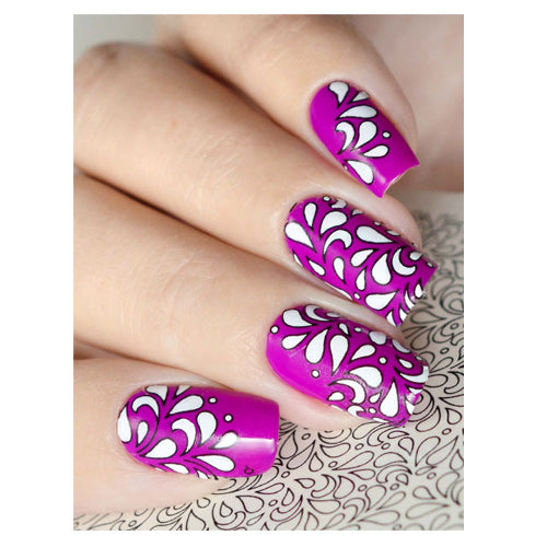 C10 Water Transfer Nail Art Outline Decal use different colours to line and fill the entire design.