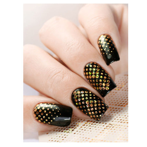 Milvart F181 No 8 Holographic Water Transfer Nail Art Decal can be used on nail varnish and gel polish.