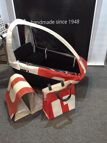 RECYCLED CABRIO CANOPY FOR CARGOBIKE BAKFIETS.NL