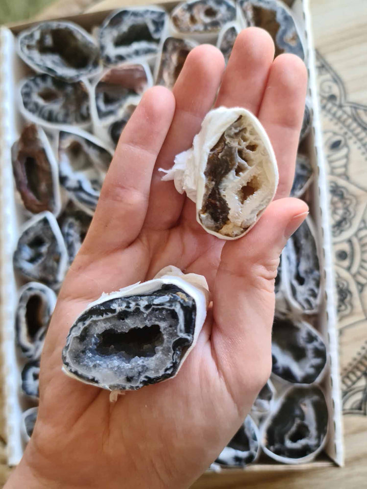 Natural Agate Geodes Box-Mixed Chunks Boxes-Oddball Crystals