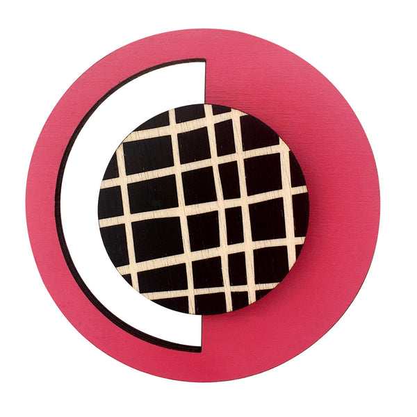 Geo brooch in pink