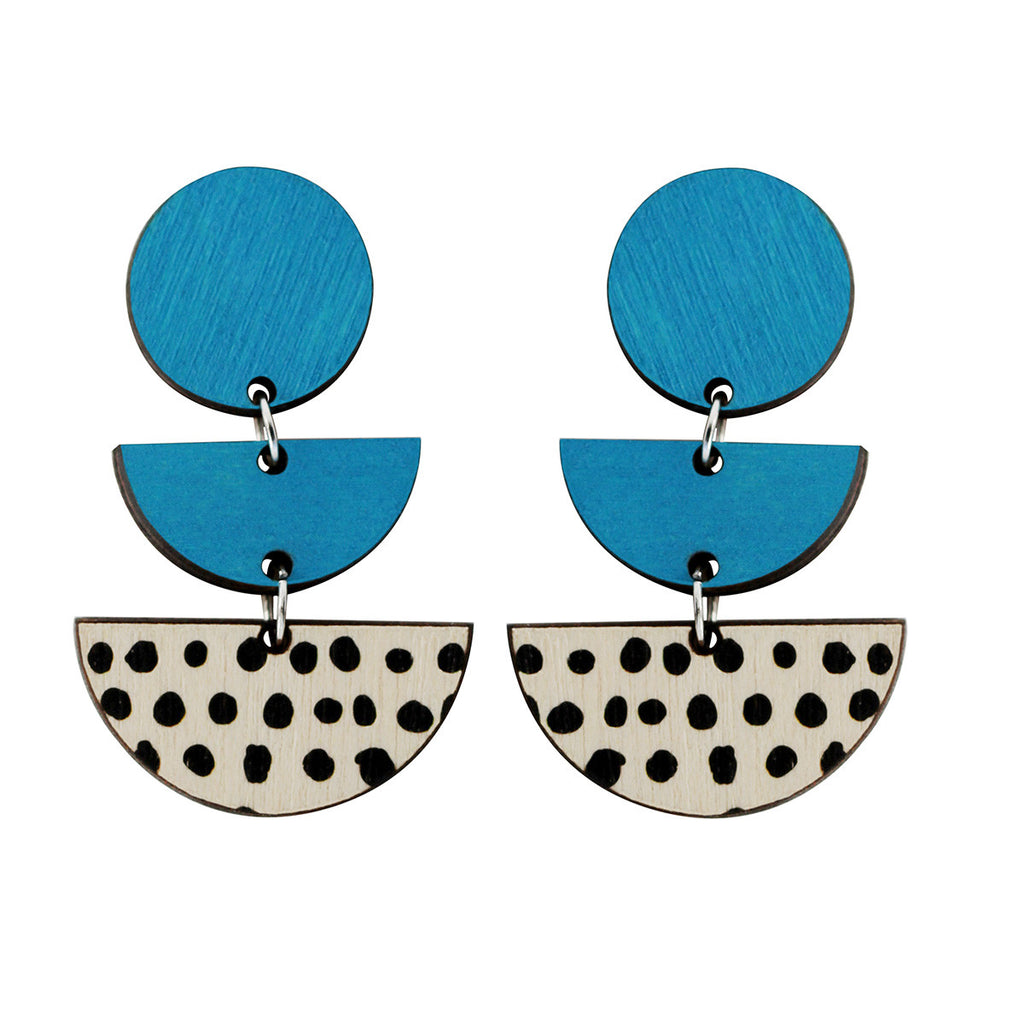 3 tiered earrings with spots in blue
