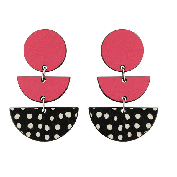 3 tiered earrings with spots in pink