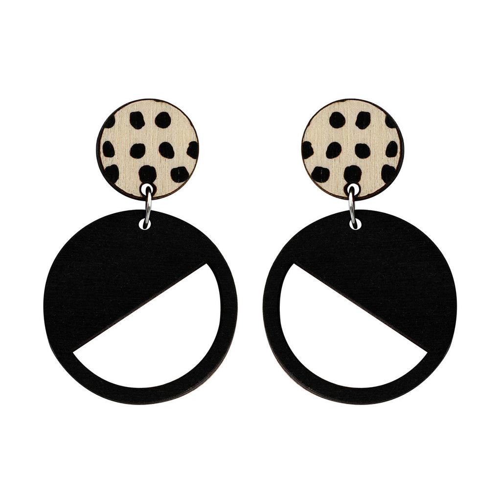 2 tiered earrings with spots in black
