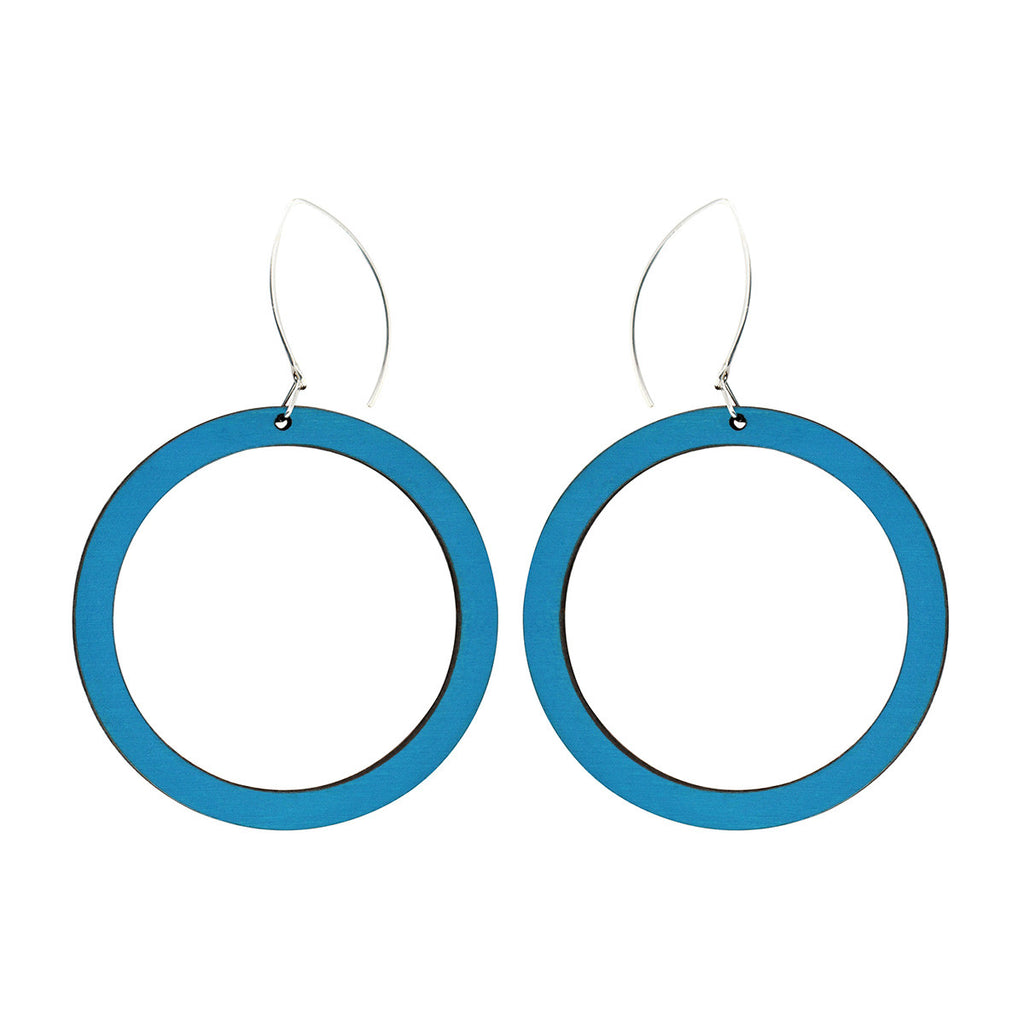 Hoop earrings in blue