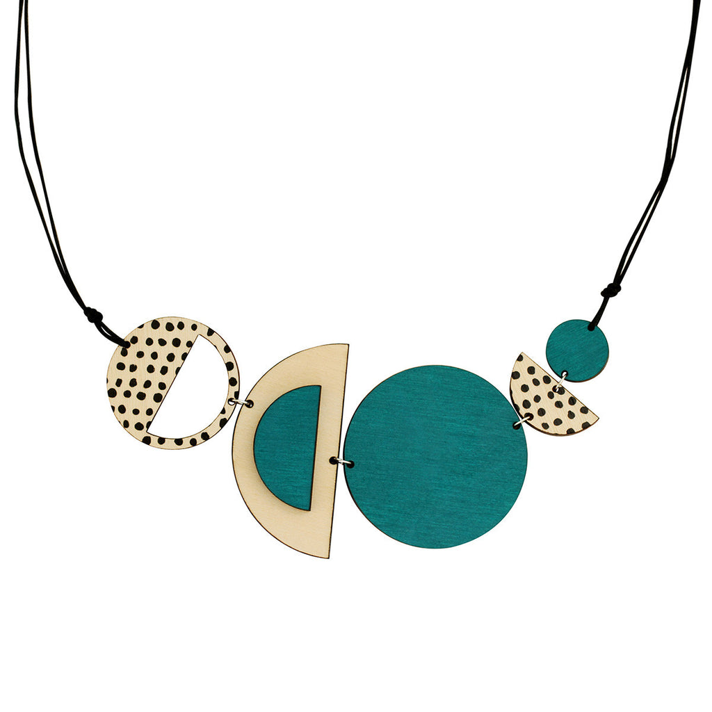 Circles and spots necklace in green