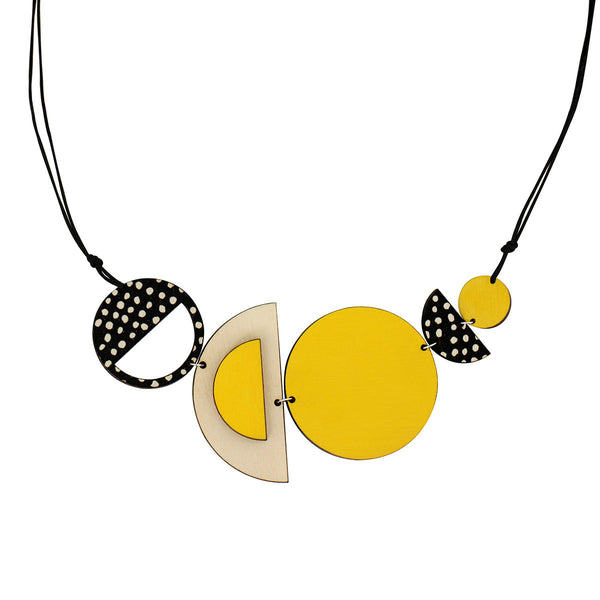 Circles and spots necklace in yellow