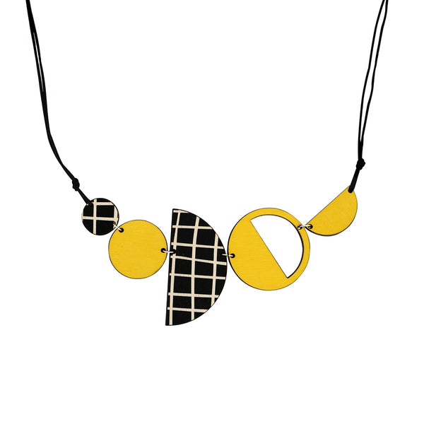 Geo necklace in yellow