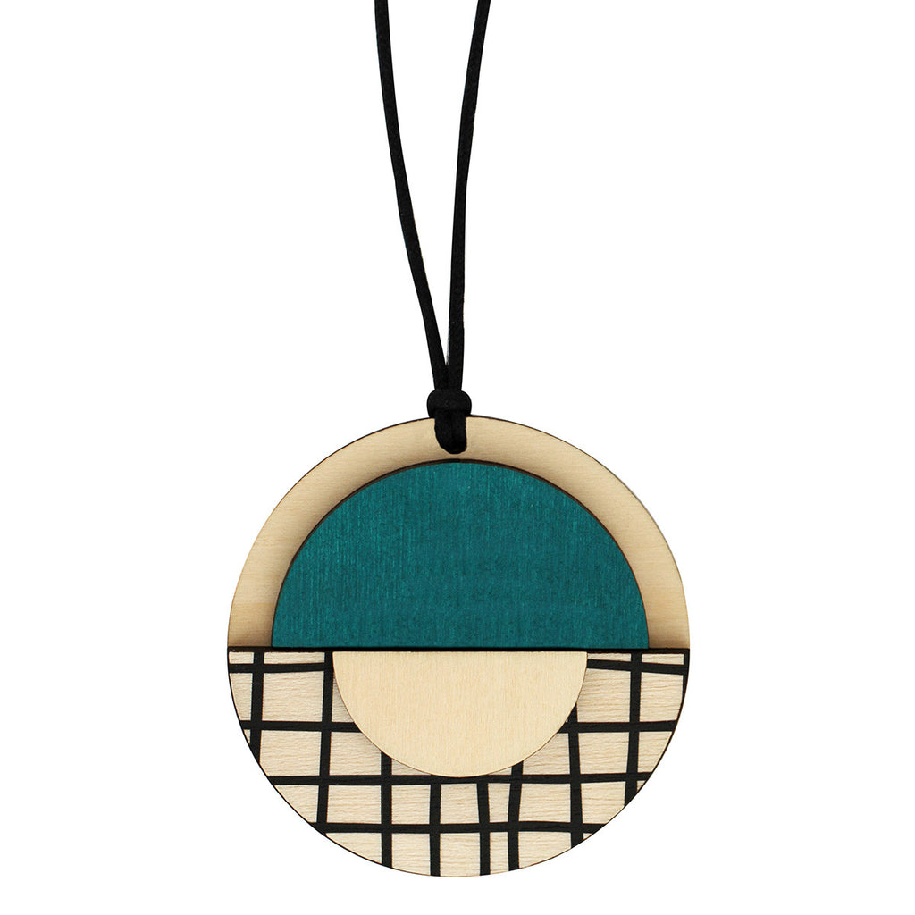 Geo circle pendant with green