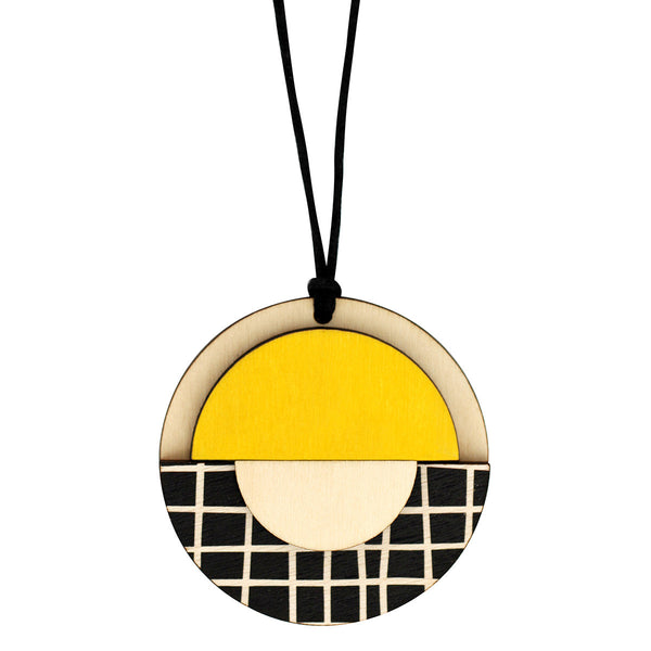 Geo circle pendant with yellow