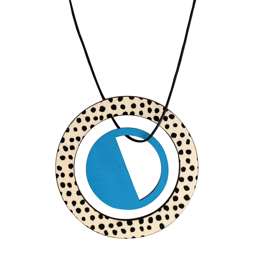 Pendant in blue with spots
