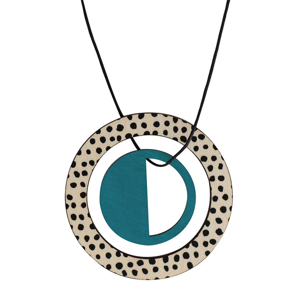 Pendant in green with spots