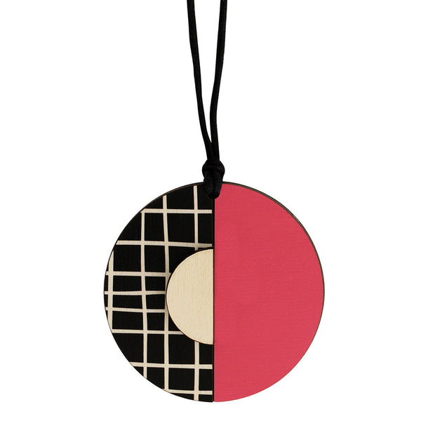 Circle lines pendant with pink