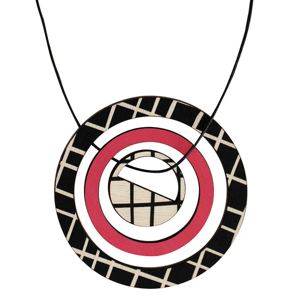Pendant in pink with lines