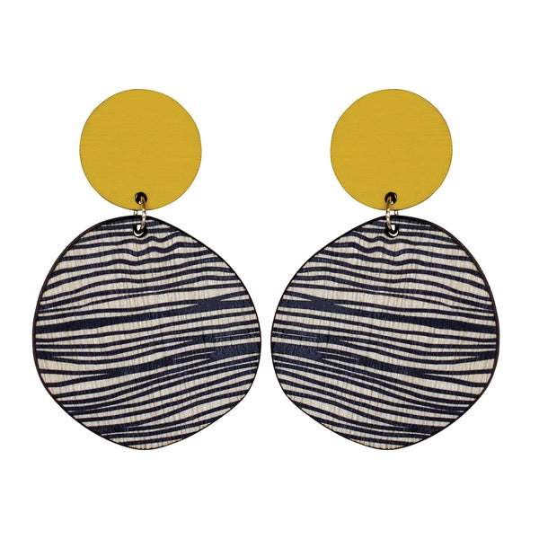 Retro earrings in yellow with thin lines