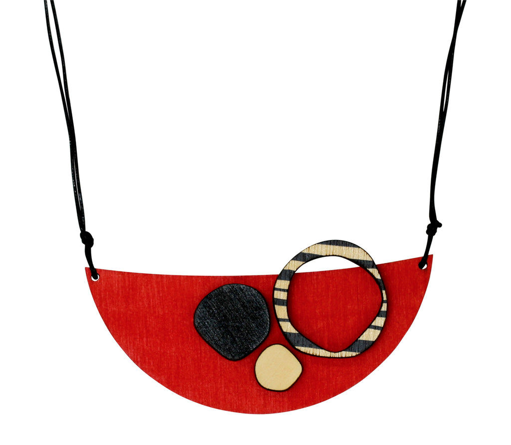 Retro eco friendly wooden necklace in red