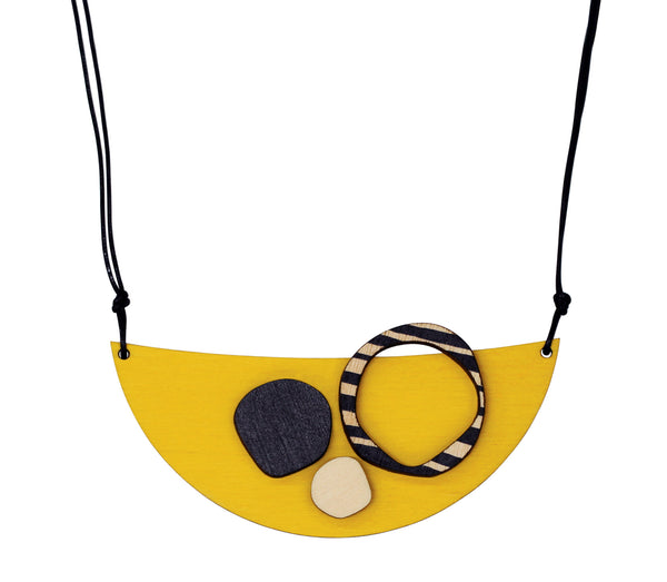 Retro eco friendly wooden necklace in yellow