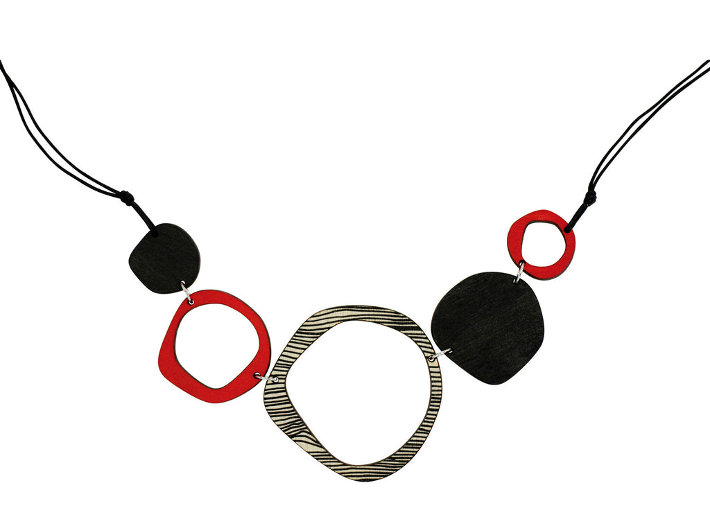 Retro 5 piece statement wooden necklace in red
