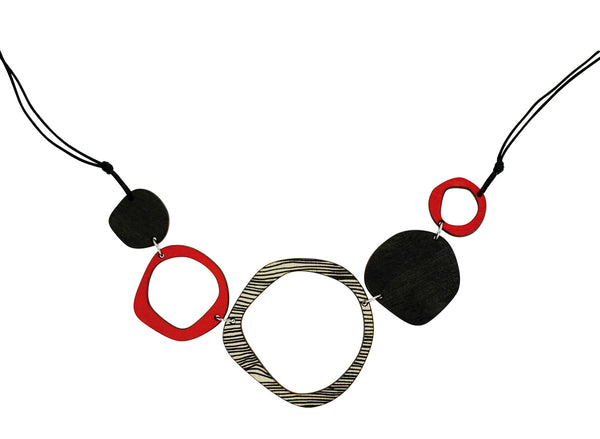Retro 5 piece necklace in red