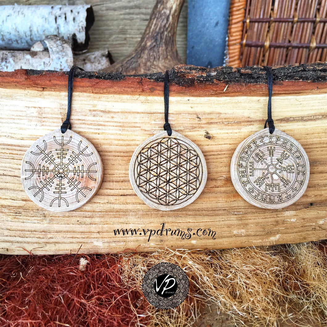Flower of life Amulet, juniper wood Talisman, Magical necklace with