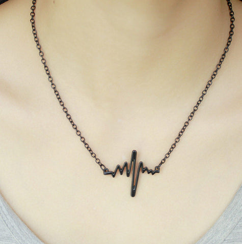 Simple Waves Heartbeat Necklace