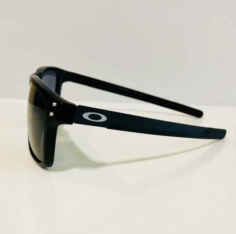 Oakley Holbrook Mix - Matt Black with Black Carbon fibre Temples