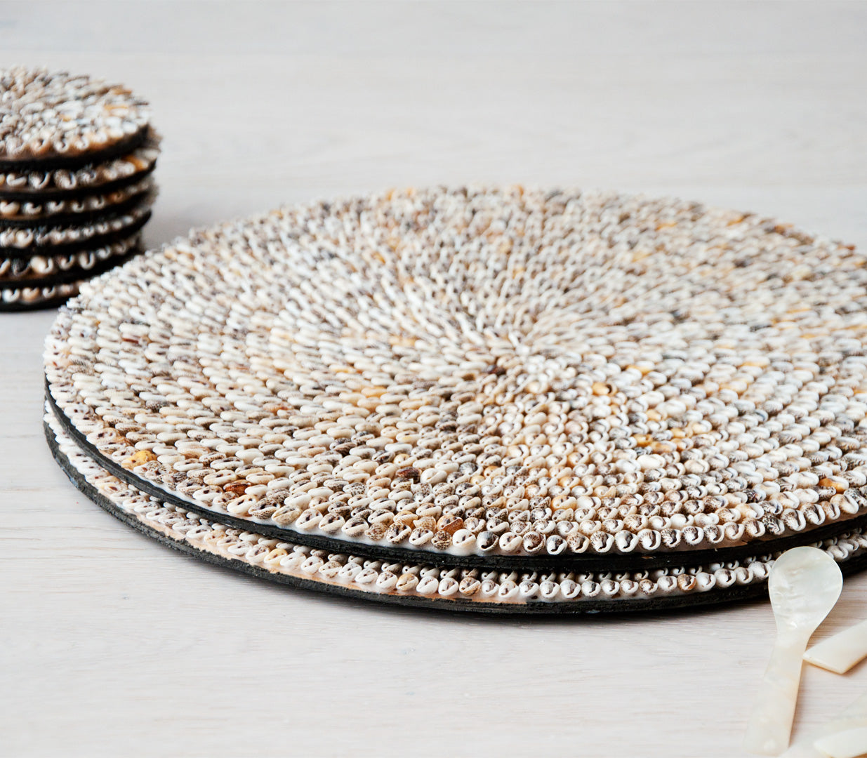 ARYA round shell placemat set of 2 - placemats - ARVA Living