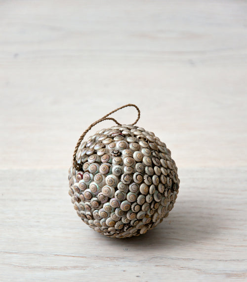KARA shell ball grey (with hanger) - objects - ARVA Living
