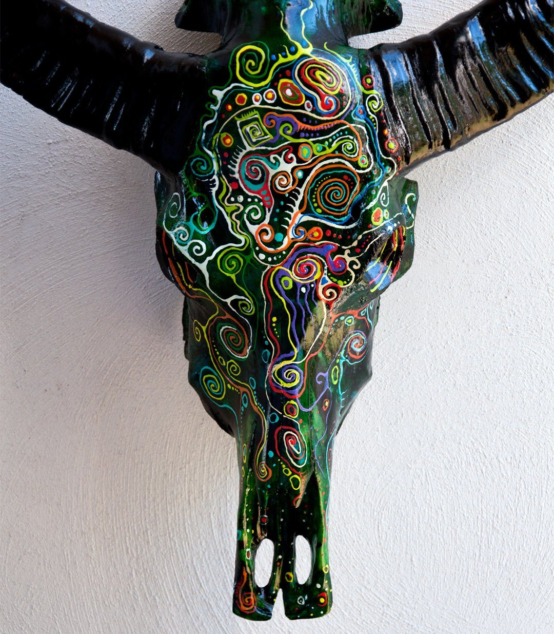 SILA resin cow skull - arts - ARVA Living