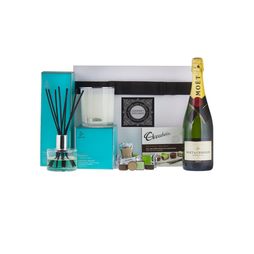 Pamper Her! Moet and Rituelle Gifts Deluxe Hamper