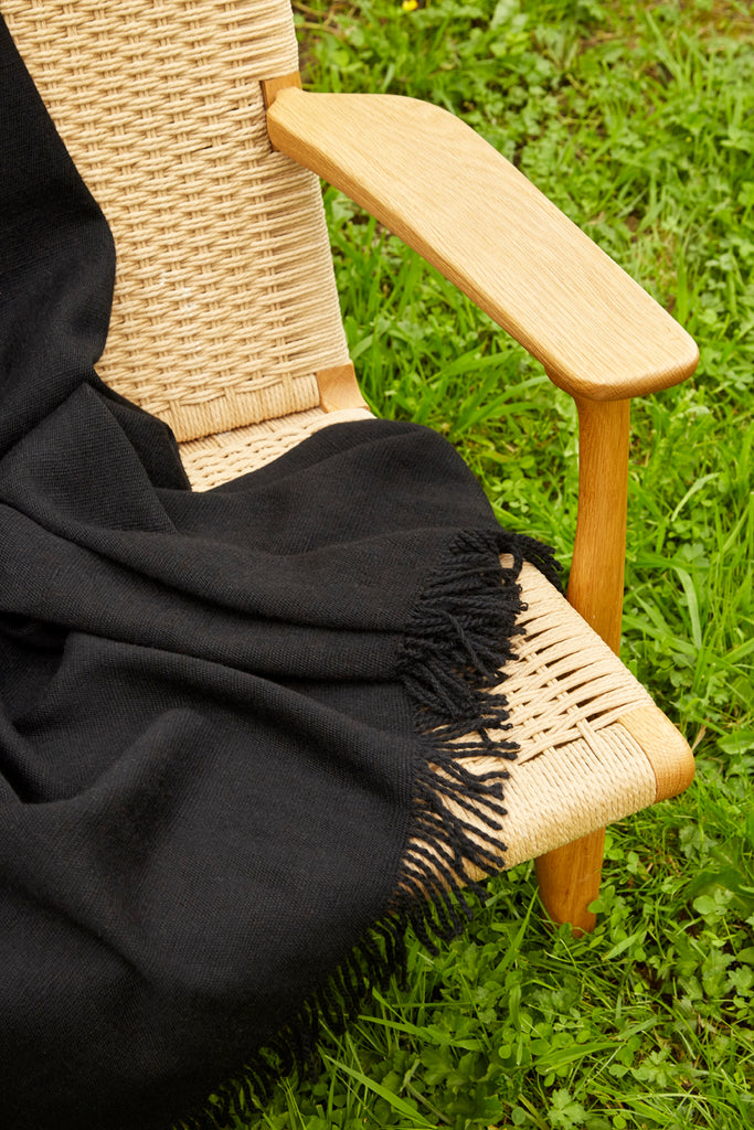 Handmade Alpaca throw blanket - onyx