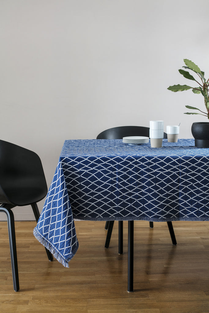 ESKIMO linen & organic cotton blanket/tablecloth - blue and white