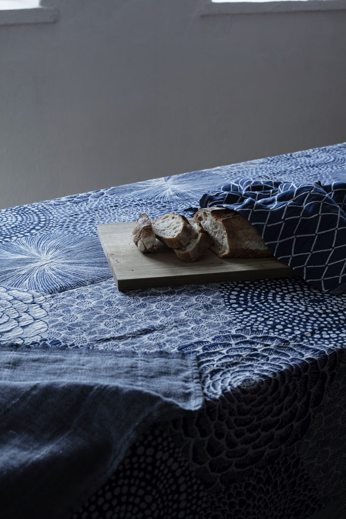 RUUT linen & organic cotton blanket/tablecloth - blue & white