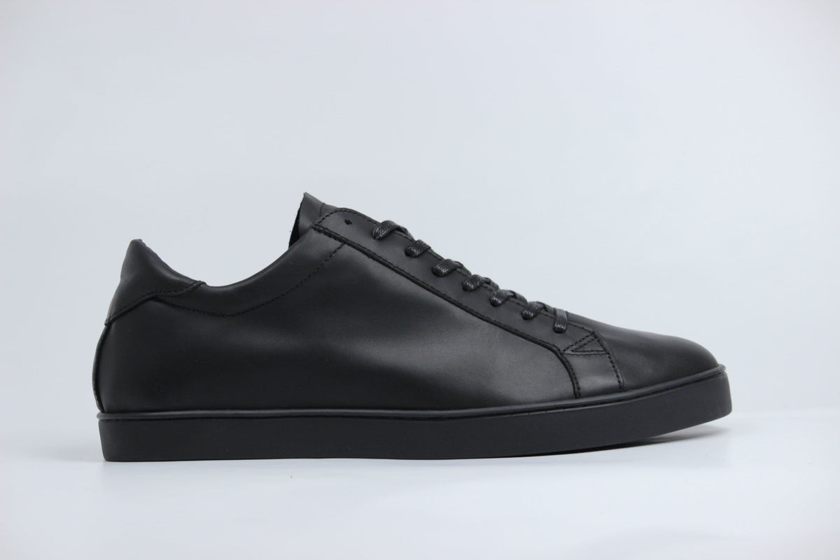Sneakers GHOST en cuir noir