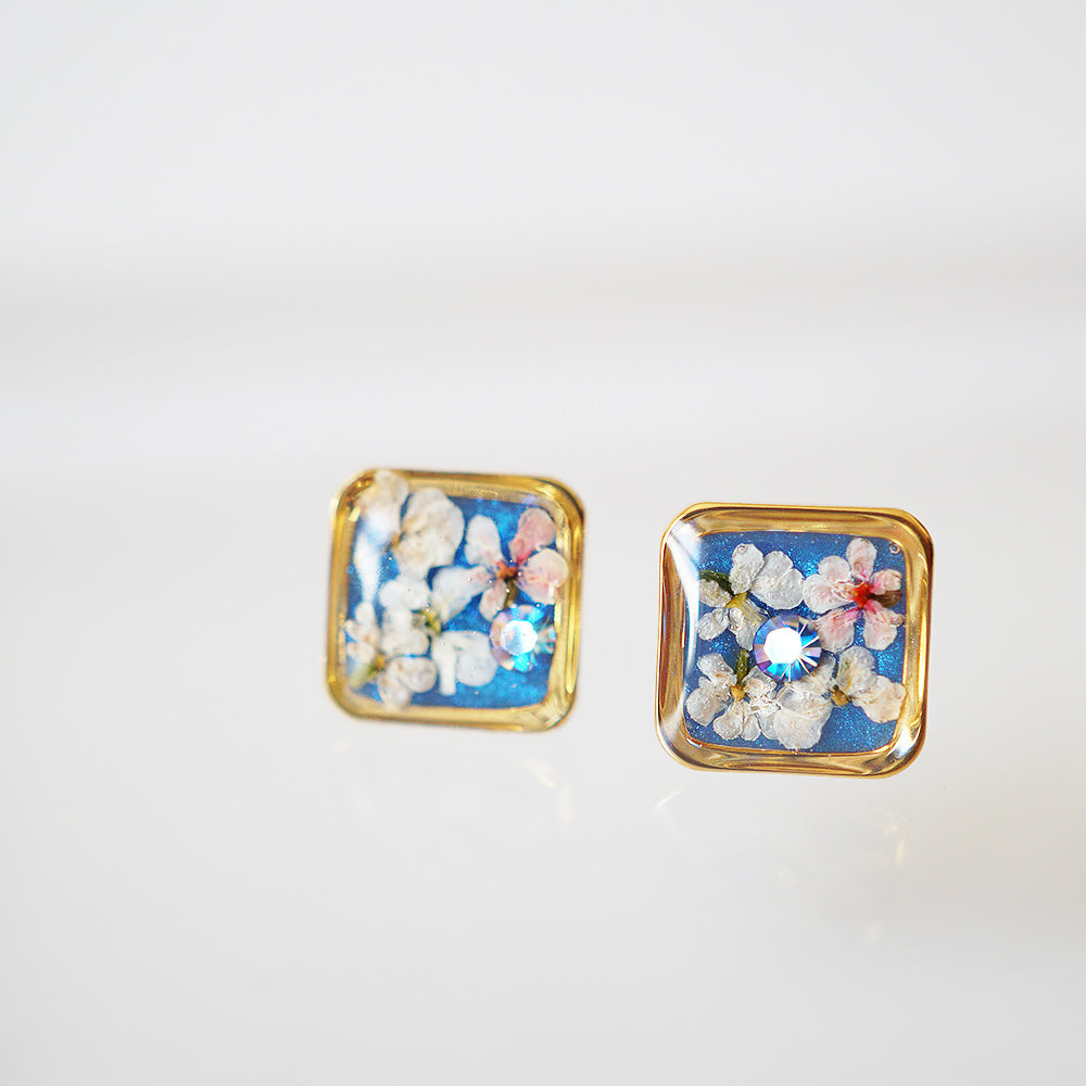 Square blue flower earrings